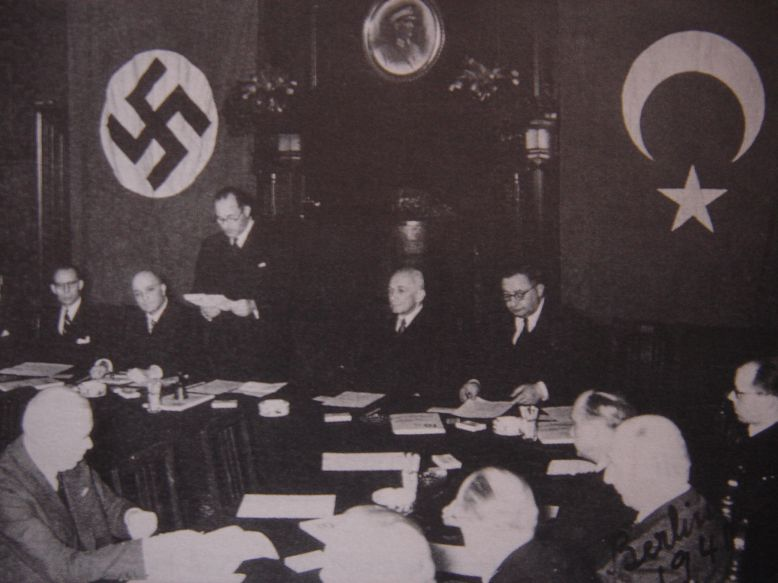 Очередной разворот турецкой политики. Подписание турецко-немецкого договора о дружбе 18 июня 1941 года.