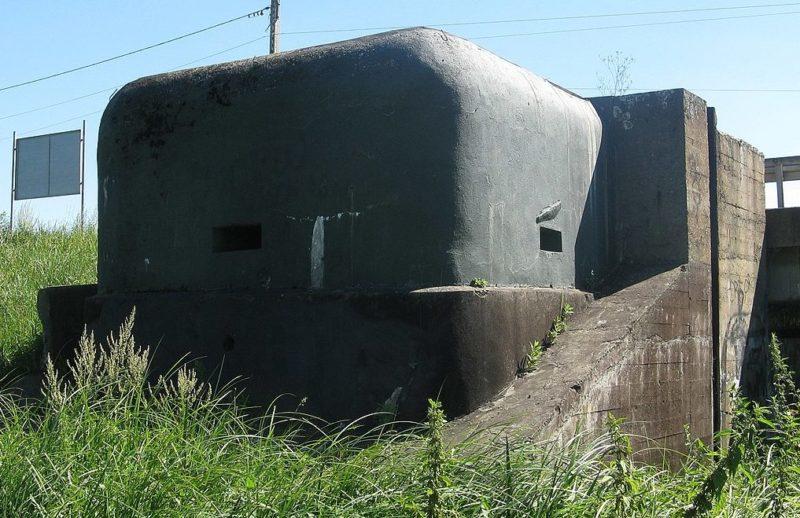 Укрытие караульных у плотины №2 «Весола» на реке Брынице.