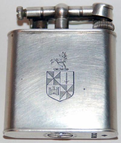 Зажигалки «Unique» фирмы Dunhill, выпускались в 1930-х годах.