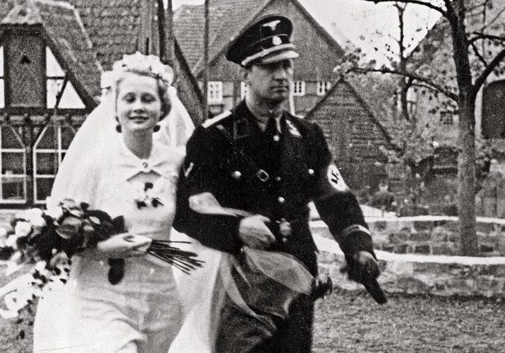 Свадьба шведа из СС. 1942 г.