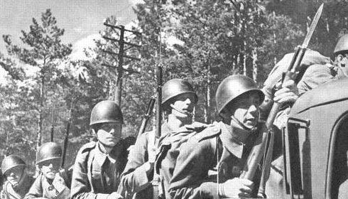 Шведская моторизованная пехота. 1942 г.