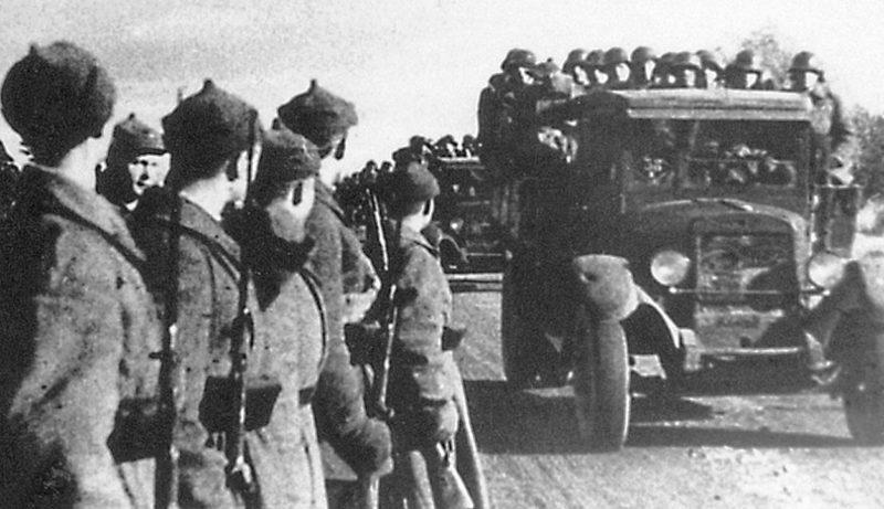 Красная Армия входит в Эстонию. 1940 г.