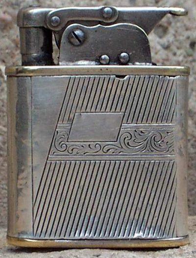 Зажигалки фирмы Bebe, выпускались в 1930-1940-х годах.