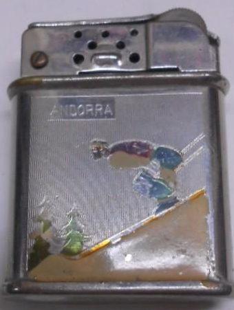Зажигалки фирмы Meteor, выпускались в 1930-1940-х годах.