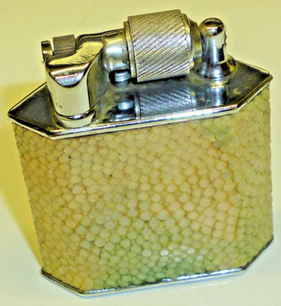 Зажигалки фирмы McMurdo выпускались с 1940-го года.