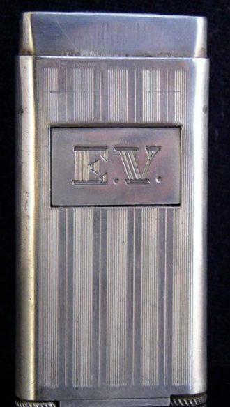 Зажигалки фирмы Colby, выпускались в 1930-1940-х годах.