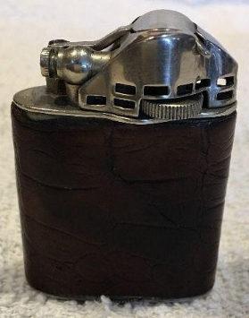 Зажигалки фирмы Marathon, выпускались в 1930-х годах.