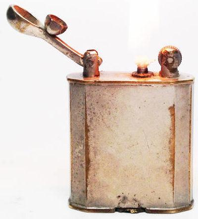 Зажигалки фирмы MEB, выпускались в 1930-х годах.