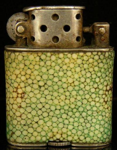 Зажигалка фирмы Orlik, выпускалась в 1930-х годах.