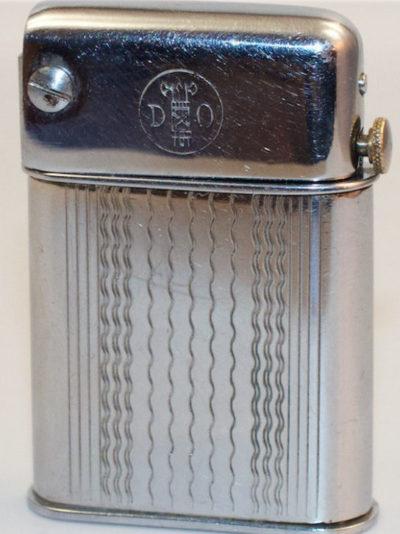 Зажигалки «D.O.» фирмы Desarmeaux, выпускались с 1932-го года.
