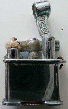 Зажигалки «Mini» фирмы Nasco, выпускались с 1940-го года только для армии.