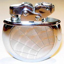 Зажигалки фирмы Thorens, выпускались в 1940-х годах.