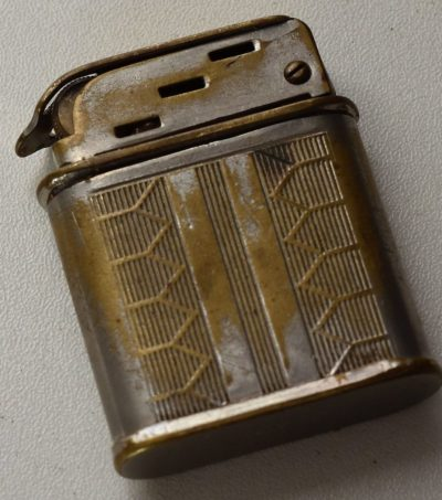Зажигалки фирмы Polaire, выпускались в 1930-х годах.