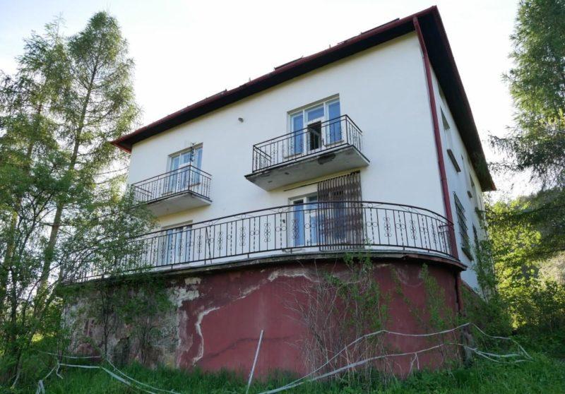 Дом с фундаментом из ДОТа.