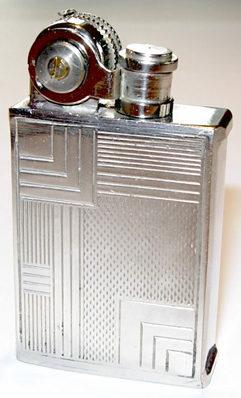 Зажигалки фирмы Netop выпускались с 1930-го года.