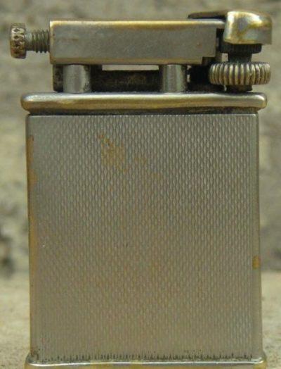 Зажигалка фирмы Orlik, выпускалась в 1930-1940-х годах.