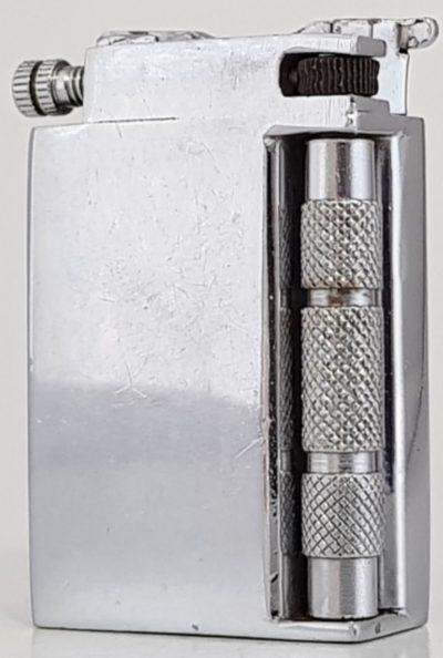 Зажигалка фирмы «Pedigree», выпускалась в 1930-1940-х годах.