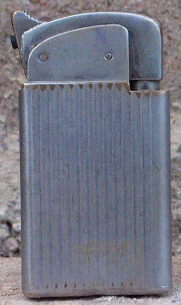Зажигалки «Masterpiece» фирмы Thorens, выпускались с 1945-го года.