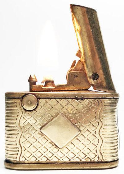 Зажигалки фирмы Regel, выпускались в 1930-1940-х годах.