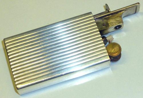 Зажигалки «Savoie» фирмы Genould & Cie, выпускались с 1938 года.