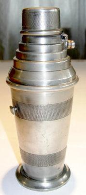 Зажигалка фирмы SM, выпускалась с 1932-го года.