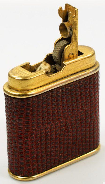 Зажигалки «Vulc Auto» фирмы Vulcano, выпускались с 1940-го года.