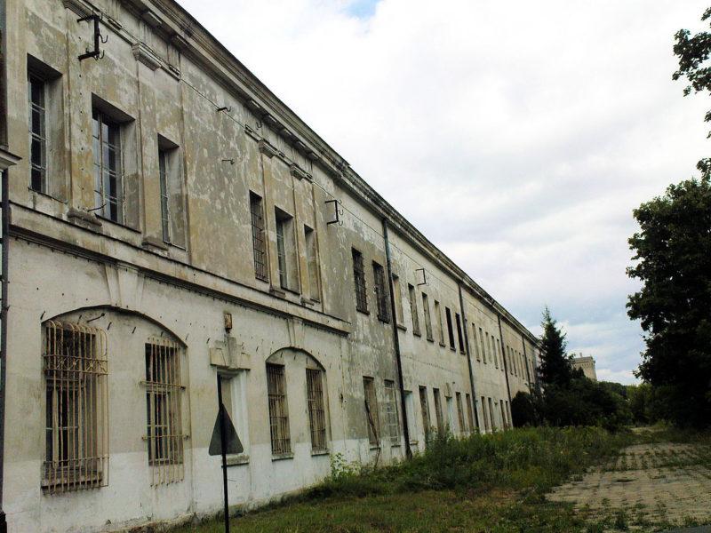 Казармы крепости.