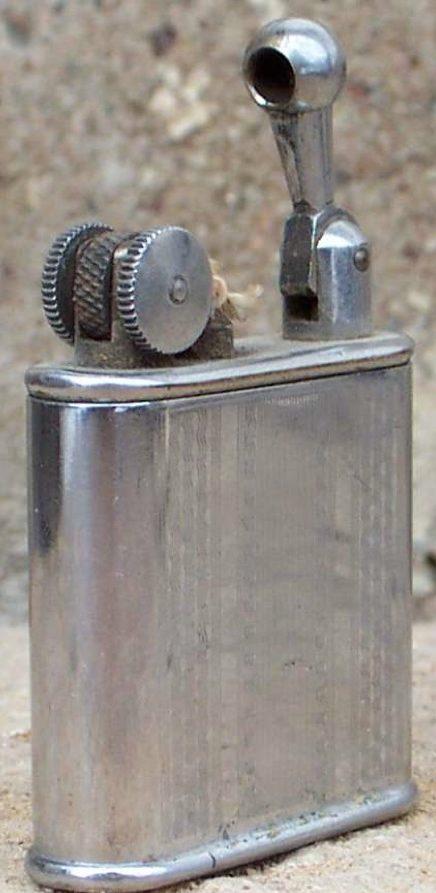 Зажигалка фирмы GLC, выпускалась в 1930-х годах.