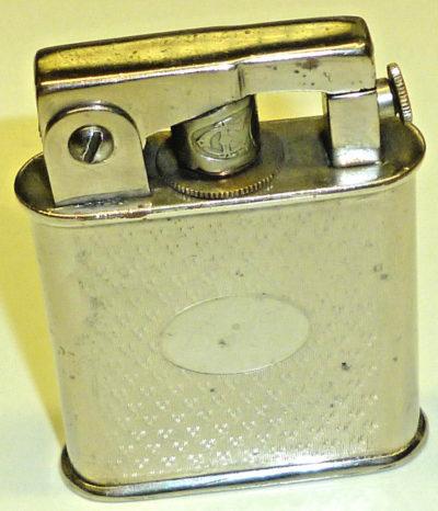 Зажигалки фирмы Hispano, выпускались в 1930-х годах.