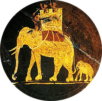 Блюдо в этрусском стиле с изображением боевых слонов. Древний Рим, III век н. э.