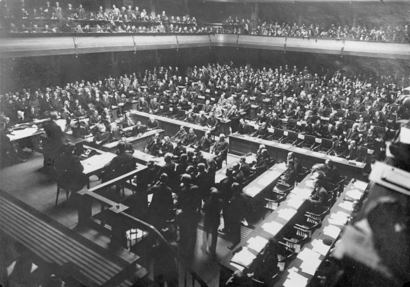 Зал заседаний Лиги Наций.
