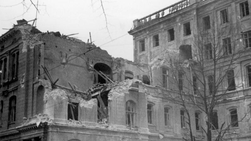 Последствия первой бомбёжки Хельсинки. 30 ноября 1939 г.