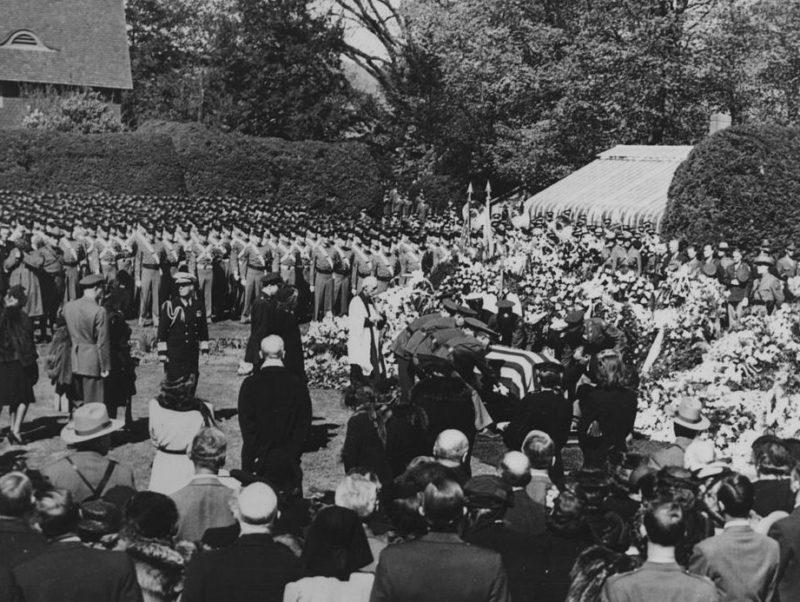 Похороны Рузвельта в Гайд-Парке.