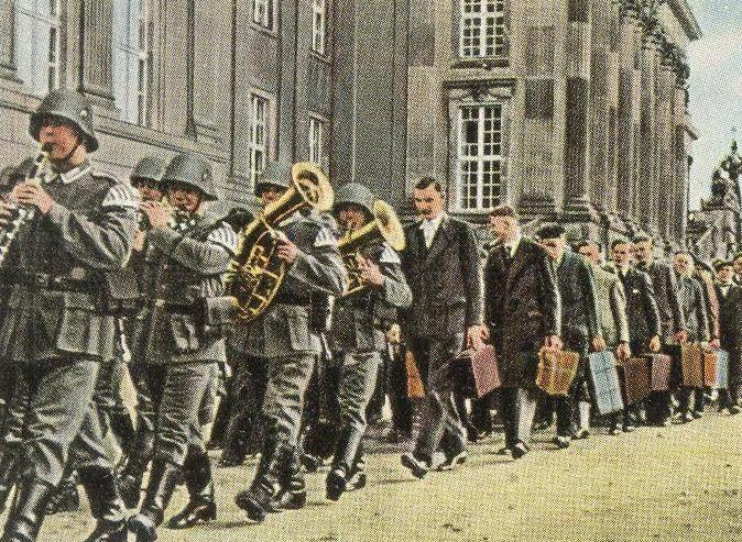 Открытка – «Призывники Вермахта. 1935 г.»