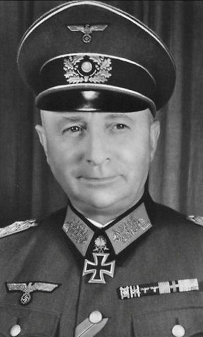 Йозеф Харпе – один из начальников школы «Кама», ставший генерал-полковником Вермахта.