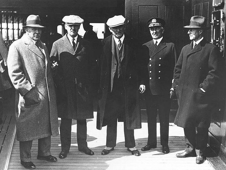 Члены делегации США на пути к конференции, январь 1930 года.