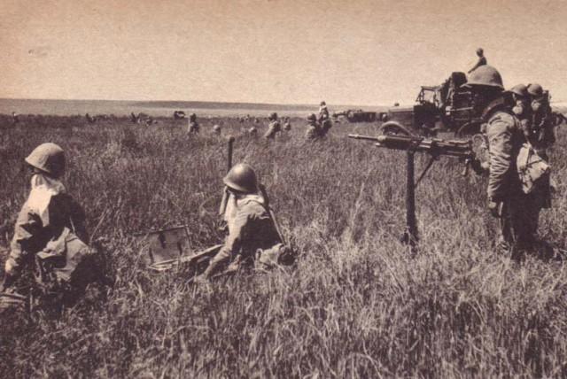 Атака японских пехотинцев. 1939 г.