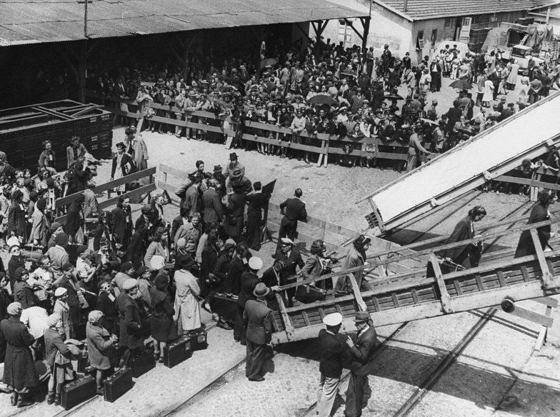 Еврейские беженцы в Лиссабоне. 1936 г.