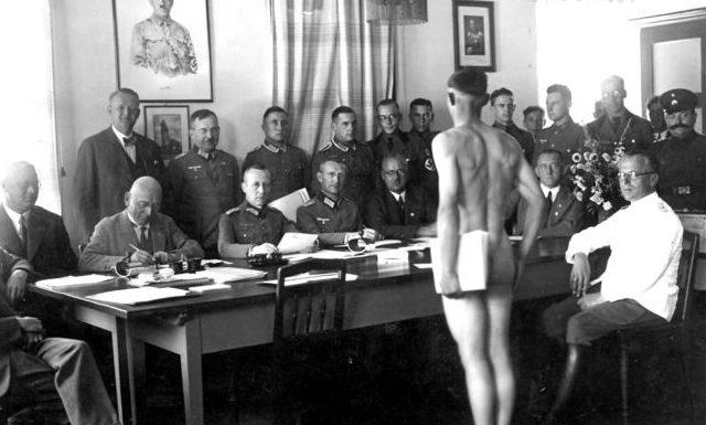 Призывная комиссия Вермахта.