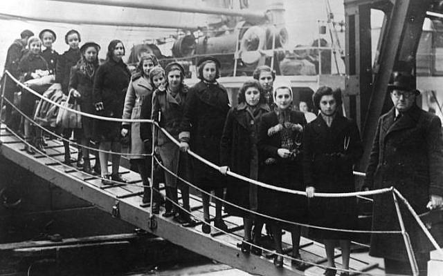 Еврейские беженцы прибывают в Лондон. Февраль 1939 г.