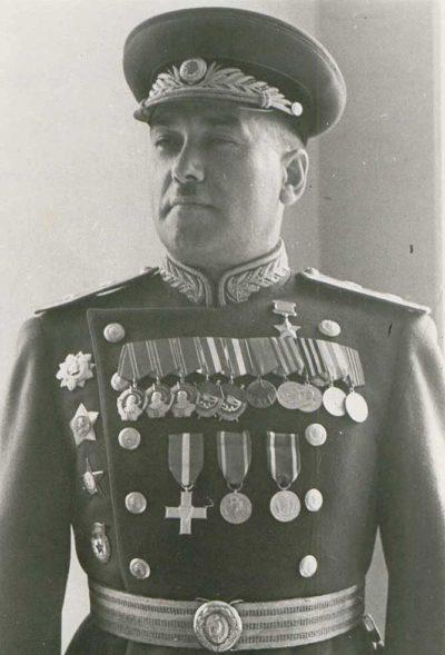 Выпускник «Камы» - С. М. Кривошеин - генерал-лейтенант танковых войск.