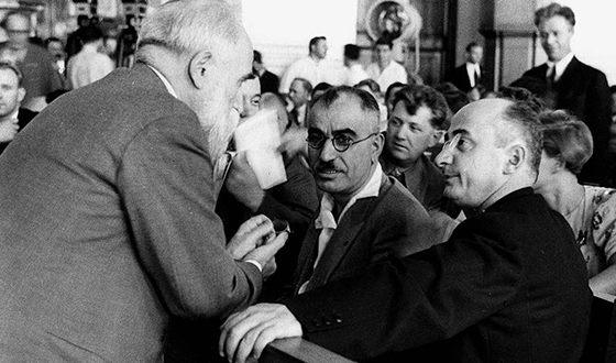 Слева направо: Филипп Махарадзе, Мир Джафар Багиров и Лаврентий Берия. 1935 г.