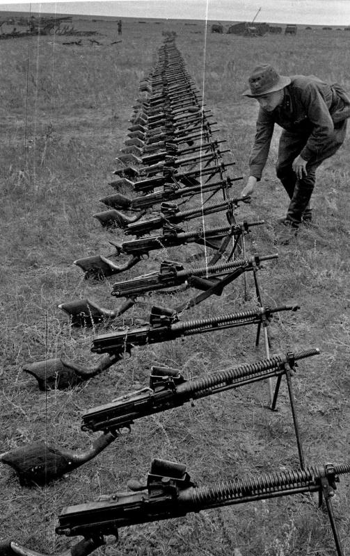 Захваченные трофеи Красной Армии.
