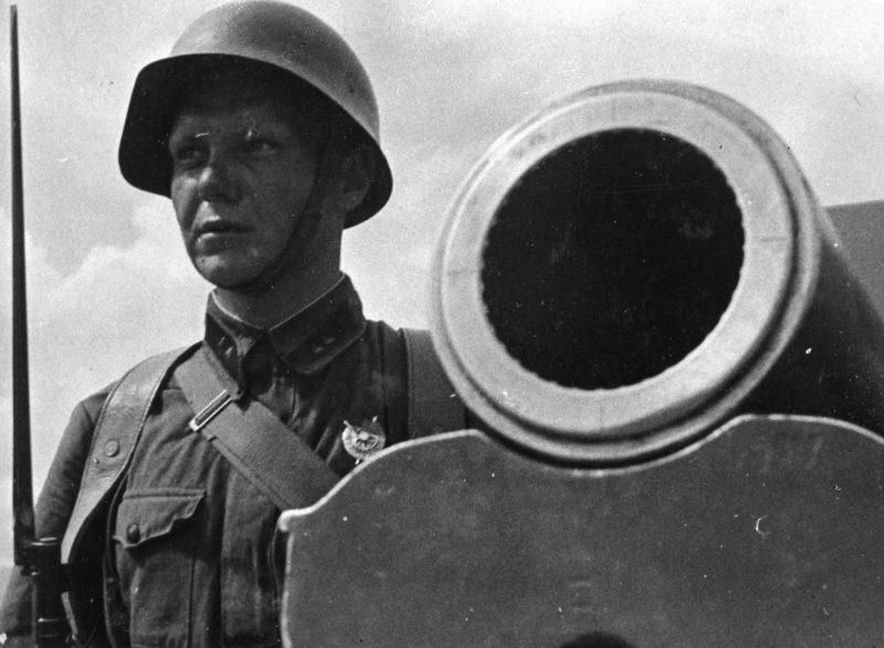 Советские артиллеристы. 1938 г.