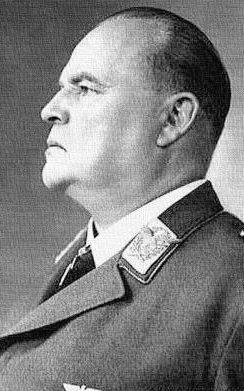 Выпускник Липецкой школы - генерал-фельдмаршал Гуго Шперле.