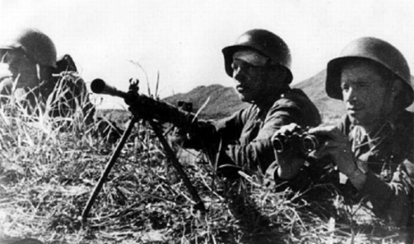 Красноармейцы на позициях. 1938 г.