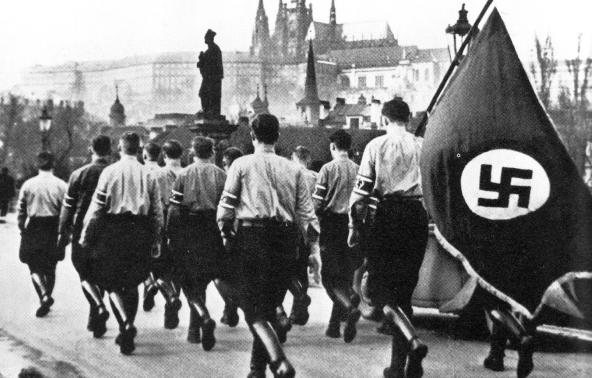 Немецкие студенты на демонстрации в Праге. Март 1939 г.