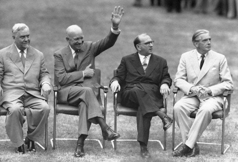 Николай Булганин, Дуайт Эйзенхауэр, Эдгар Фор и Энтони Иден. Женева, 1955 г.