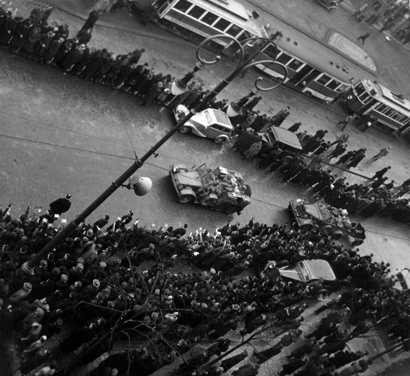 Немецкая автоколонна в Праге. Март 1939 г.
