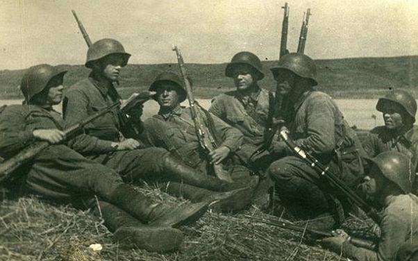 Красноармейцы на привале. 1938 г.